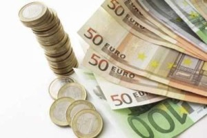 Dostali ste sa do nečakanej finančnej tiesni? Pôžičky pred výplatou Vám dokážu pomôcť!